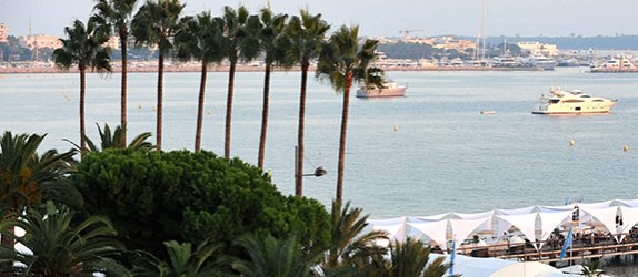 Cannes View from Palais des Festivals - Esports BAR Cannes 2020